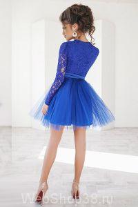 Супер крутое короткое коктейльное ярко синее платье с пышной фатиновой юбкой